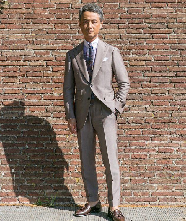 Grey wedding suit look